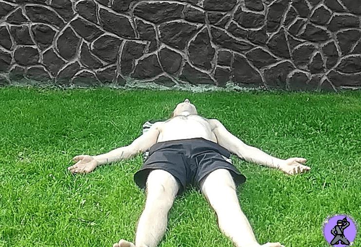 «Поза трупа» – моя любимая асана из йоги, позволяющая оставаться молодым