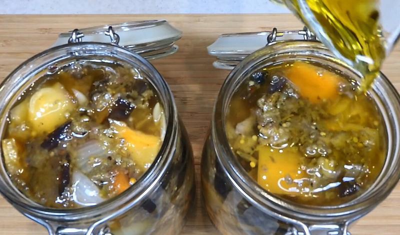 Пряный салат с баклажанами на зиму по-грузински. Каждый год обязательно делаю несколько таких банок