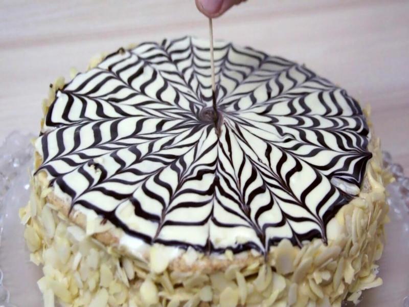 Торт в подарок сыну министра. Неизвестен кондитер, а сам торт прославил имя заказчика.