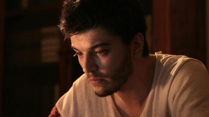 Пропал с радаров: куда подевался красавец-актер Анатолий Смиранин?