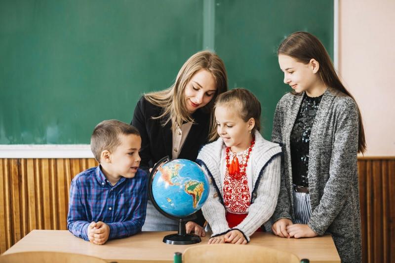 Развитие дошкольников: готовимся к поступлению в 1 класс