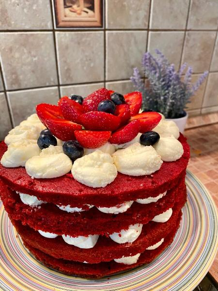 """Сюрприз для мамочки! Готовлю торт """"Красный бархат"""" - мой первый удачный опыт."""