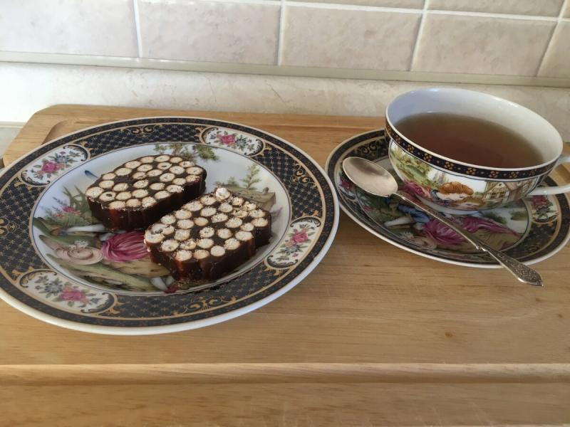 Необычная сладкая колбаса к чаю. Без теста, выпечки и лишних телодвижений. Бюджетно и вкусно