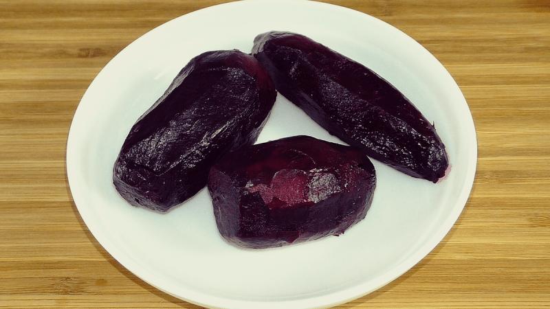 """Свекольный салат """"Агата"""" за 5 минут: вкусный (всего 2 ингредиента) попробуйте не пожалеете"""