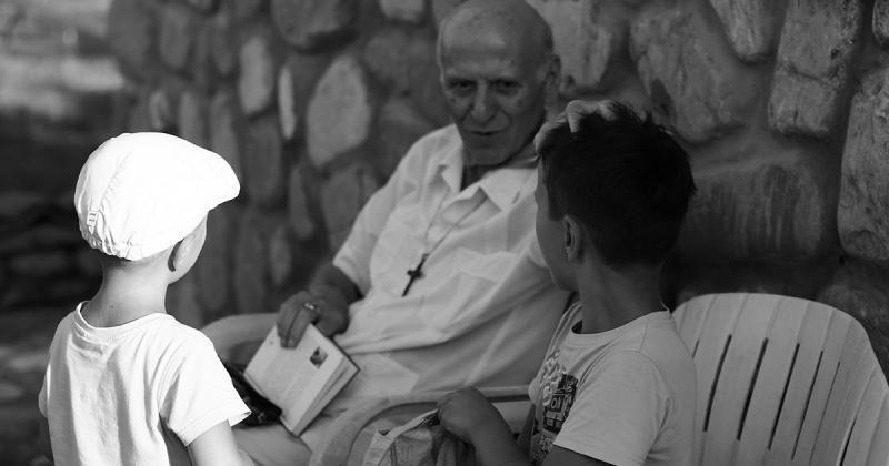 «Дети не должны только учиться, учиться и учиться». Правила воспитания педагога Шалвы Амонашвили
