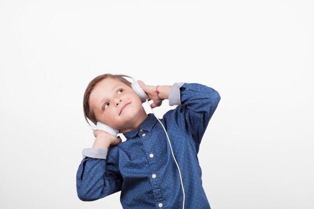 Отобрала для сына 5 классных аудиокниг. Да здравствуют мои свободные вечера