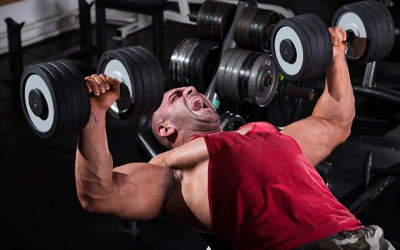 Влияет ли рабочий вес на мышечный рост? Оказывается - не особо!