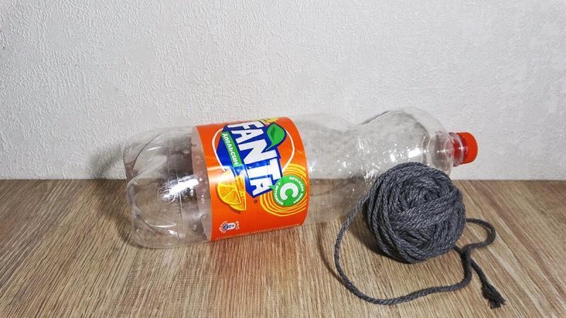 Возьмите пластиковую бутылку, немного пряжи и будем делать красивую вещь для дома