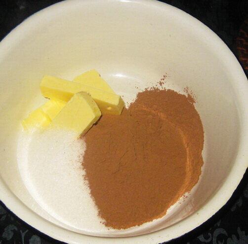Незаслуженно забытый десерт – шоколадная колбаса.