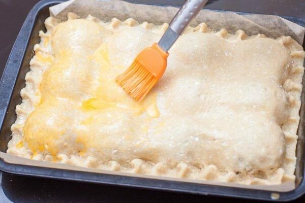 Шикарный яблочный пирог с творожным тестом: вид и вкус потрясающие