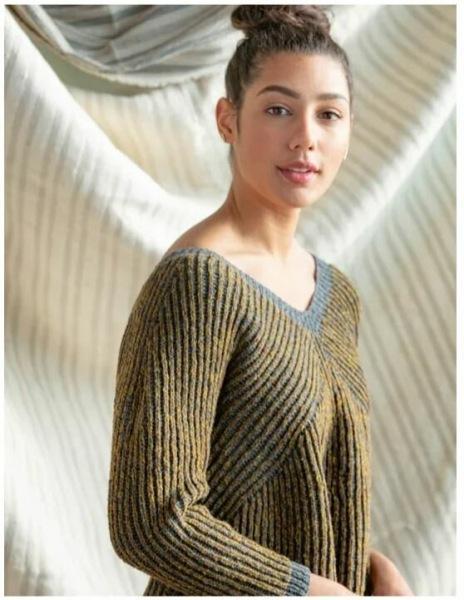 Эталон стиля в вязании спицами. Три сестры, у которых есть чему поучится даже самой опытной вязальщице.