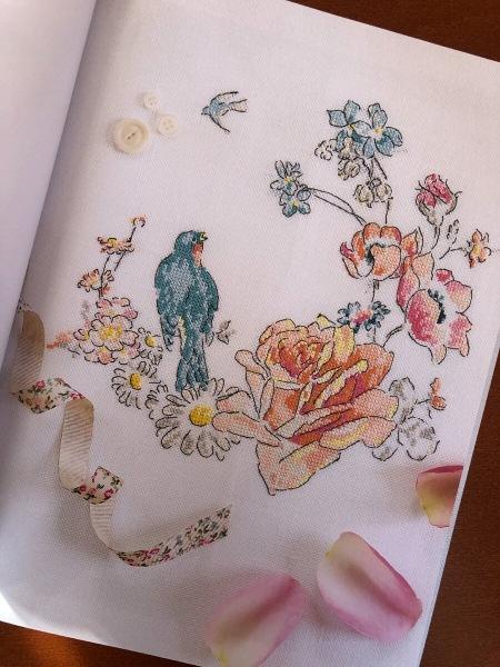 Французская вышивка крестом. Великолепные цветы и птицы Элен ле Берр. Вдохновлена, но вышивать не буду