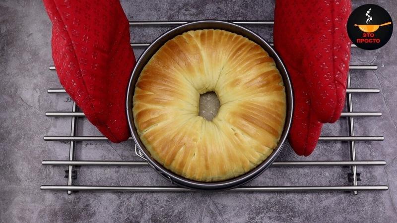 """Готовлю пирог """"Шерстяной рулон"""": меняю начинки и каждый раз получаю новый вкус (моя мама печёт его каждые выходные)"""