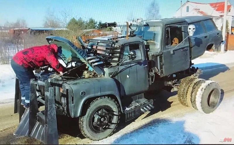 Подборка необычного и нелепого стайлинга автомобилей. Мини-Зил, Иж-БМВ, Mad Max и другие
