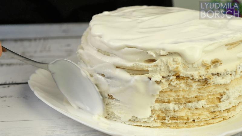 Покупаю недорогую сметану. Торт без выпечки из трех ингредиентов, плюс крем, теперь готовим постоянно к чаю.