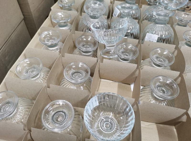 Женская смекалка: Три красивых подарка с покупками из Светофора на сумму до 100 р. собрала супруга коллегам по работе