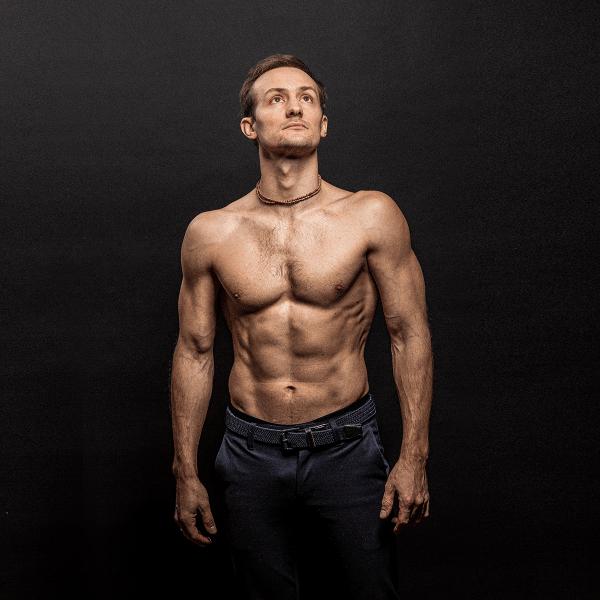 Эффективная тренировка груди, спины, плеч дома (без железа)