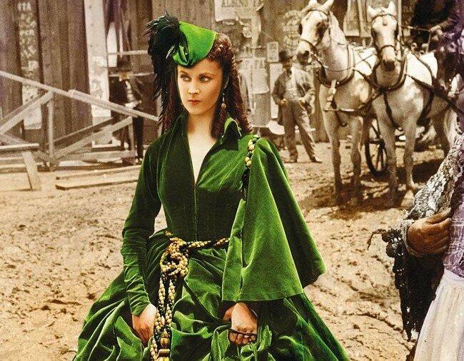 Это страшное платье для чего ты надела?.. Как Скарлетт чуть не погибла, а мы и не заметили