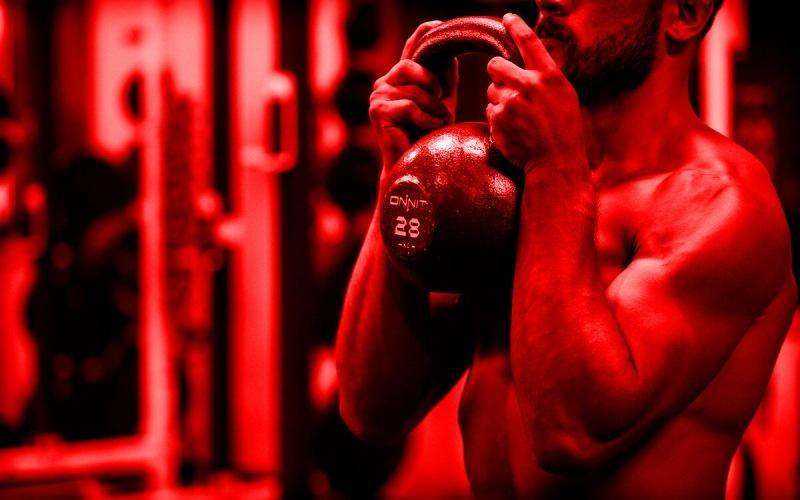 Как накачать руки с гирей? 6 упражнений, которые укрепят ваши руки и сделают их адски сильными