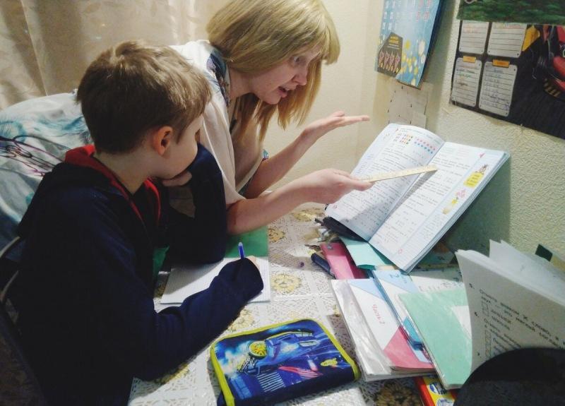 """""""Не хочу делать уроки"""", - кричит ребенок. Что я делаю, чтобы не потерять терпение во время домашки"""