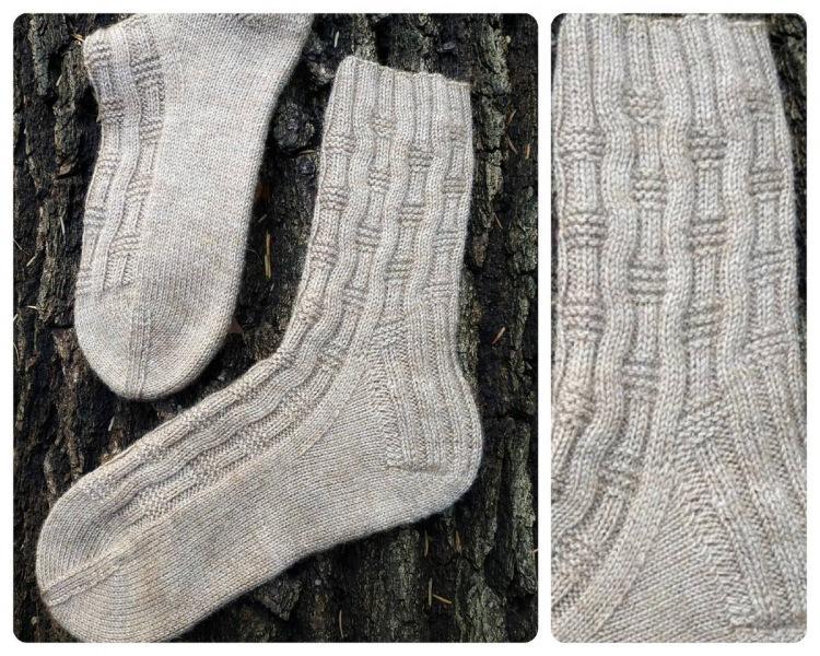 Узоры для носков спицами: 12 простых и красивых вариантов со схемами
