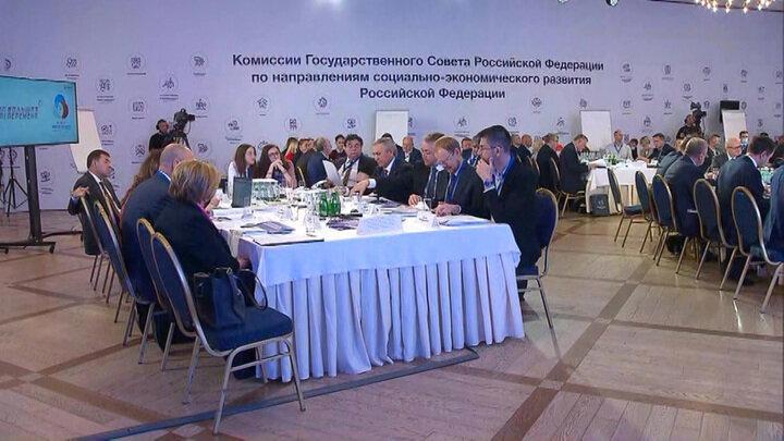"""Реформу """"новых школ"""" разработали в России и представят Президенту"""