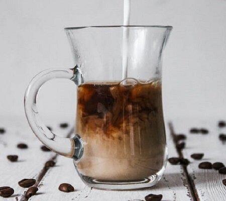 Кофе не пью - делаю скраб, чтобы отбелить, смягчить и подтянуть лицо с утра и поднять себе настроение