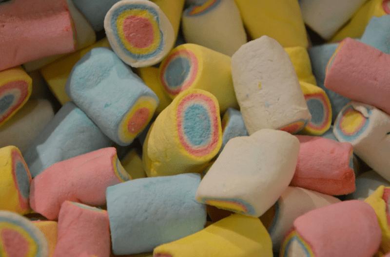 Маршмеллоу для детей – самый простой способ приготовления безопасных сладостей