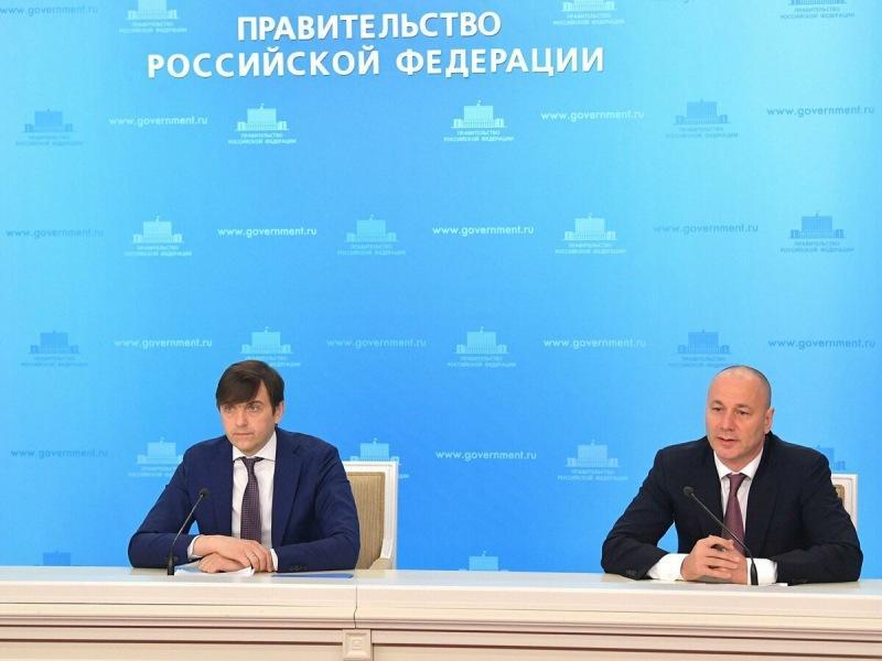 Москва - не Россия? Москвичам надо кратно увеличить бюджетные места в столичных вузах, по мнению Толстого